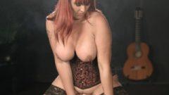 Amber Leigh Smoking Sybian