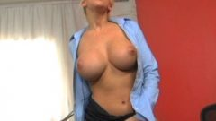 Eve Lawrence On Sybian