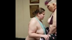 Two Bbws Love Sybian Ride
