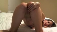 Webcam Girl Rides Sybian To Orgasm And Shakes/spanks Butt