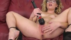 Adorable Provoking Golden-haired Bangs Sybian In Live Show After Doing Twat With Sextoy